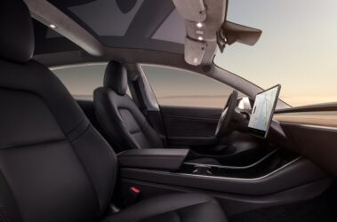 new-tesla-model-3-interior-view